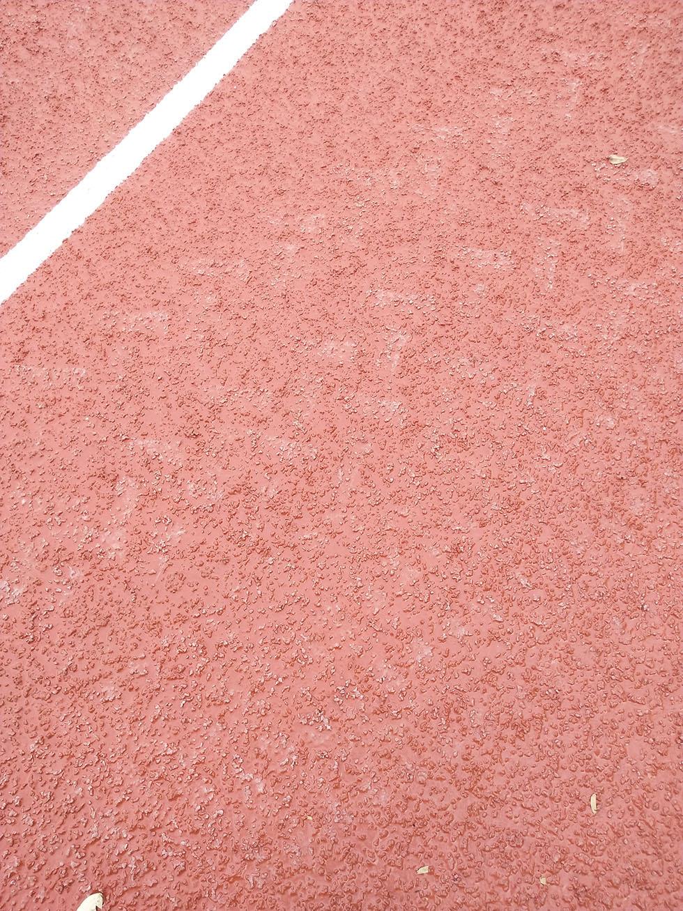 硅PU球场材料和丙烯酸材料的区别,塑胶球场材料如何选择