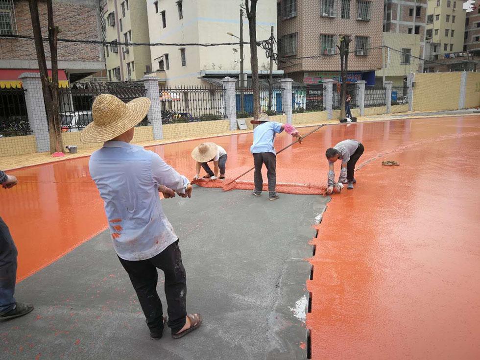 广州人造草足球场厂家 东莞人造草坪价格 东莞水性硅PU球场材料厂家