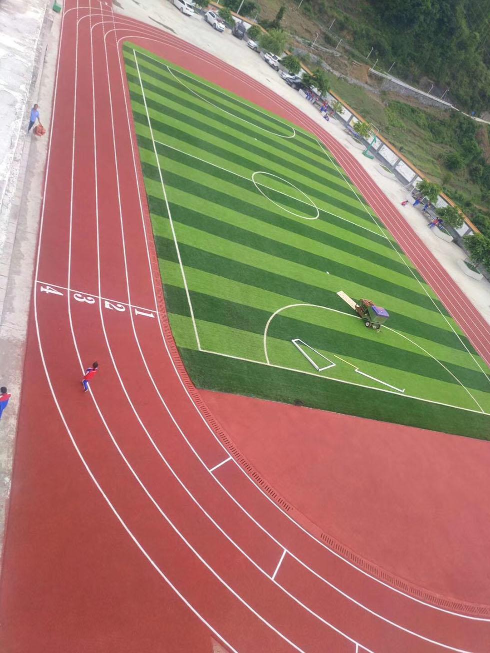 硅pu球场  硅PU球场运动地板的性能介绍