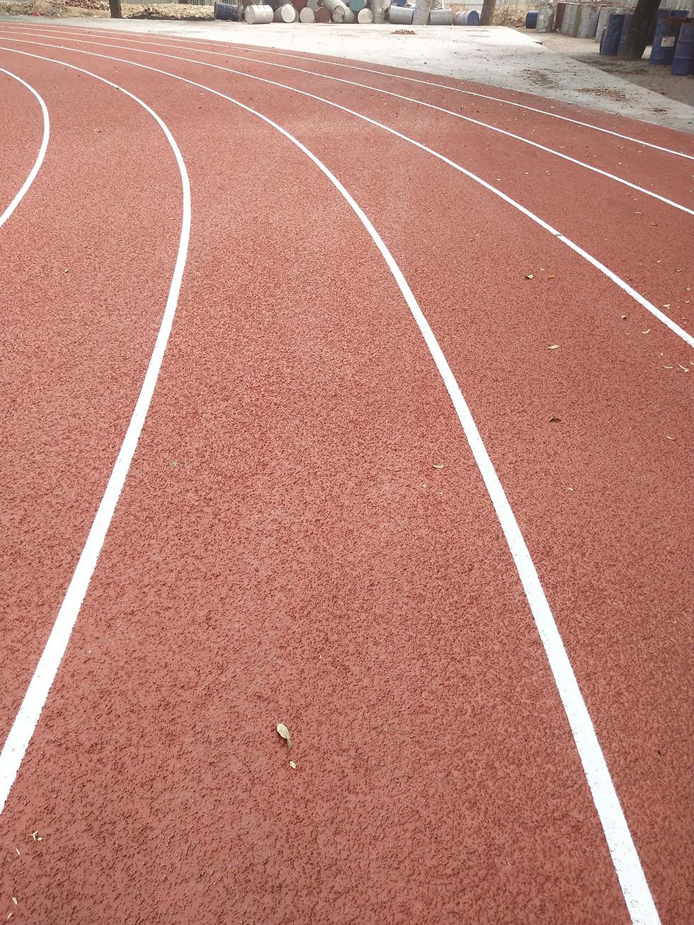 奥宏迪耐斯学校塑胶跑道保养及管理须知